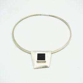 Kettenanhänger Silber mit kristallisiertem Onyx
