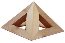 Formschöne Holzpyramide in zwei verschiedenen Größen (THOT 2 und THOT 3)