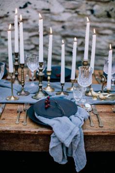 Lot de 24 chandeliers & bougeoirs vintage