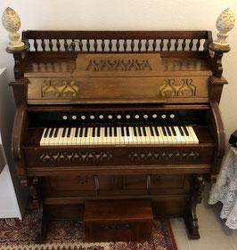 Harmonium (Estey Organ)