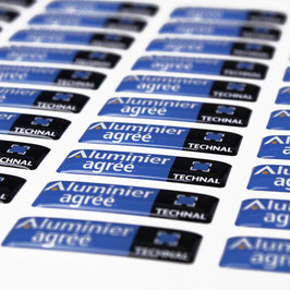 Étiquette adhésive doming, 8 à 10 cm²