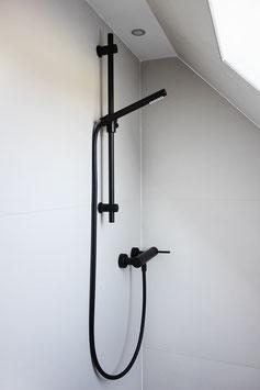 Aufputz Dusche mit Stange und Handbrause OXO II