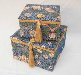 ウィリアムモリス タッセル 正方形 ボックス 2個 セット BOX JenniferTaylor ジェニファーテイラー カルトナージュ StrawberryThief 33107BX
