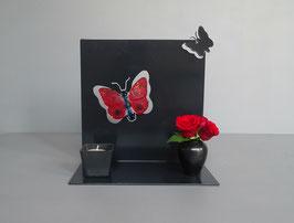 Gedenkobject met glasurn vlinder