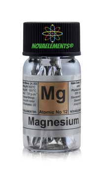 Magnesium metal flakes 99,9% incredibly shiny in glass vial