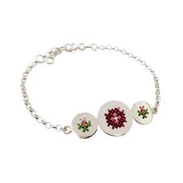 Geborduurde armband roses