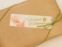 """Geschenkkarte schmal mit dekorative Lochung  """"Zur Geburt"""""""