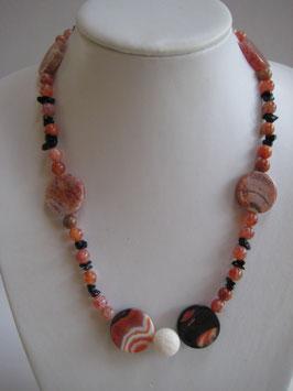 Edelsteinkette Onyx- Karneol- Koralle