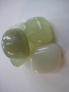 Trommelstein Jade