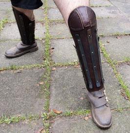 Schweres Leder Beinschienen verstärkt mit Stahl-Streifen mit Knieschutz