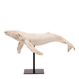Design Skulptur Blauwal weiß auf Ständer