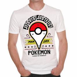 """T-Shirt """"Je suis juste ici..."""""""
