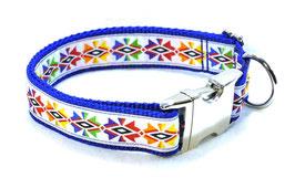 Halsband Indio weiß auf blau mit Aluschließe