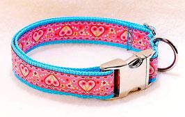 Halsband Herzerl pink auf türkis mit Aluschließe
