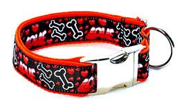 Halsband Love Bone  mit Aluschließe