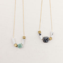 GEMSTONE Necklace short Squares