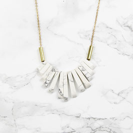GEMSTONE Necklace short Fan Howlite