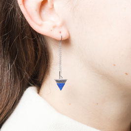 THREAD Earring Triangle silver with Grey or Blue Gemstone