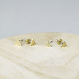 STUDS Triangle different Sizes