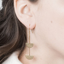 EARRING dangling Semi Circle