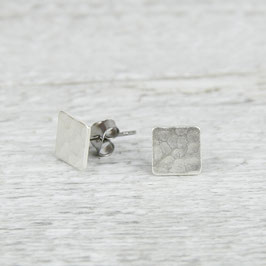STUDS silver Square hammered