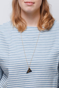NECKLACE long asymmetrical Triangle Black & Gold
