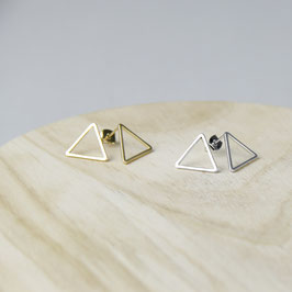 STUDS Triangle Outline