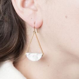 GEMSTONE Earring Howlite Semi Circle
