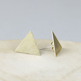 STUDS Triangle Medium