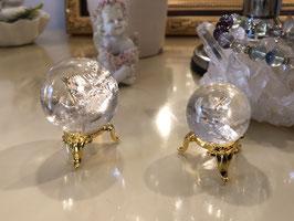 《パワーストーン》アイリスクォーツ(レインボー水晶) 丸玉(台座付き)№1、№2