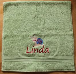 Handtuch mit Namen & Stickbild Schnecke