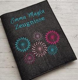 "Zeugnishülle "" Pusteblumen 2 "" mit Namen inkl. Sichtbuch A4 - Wollfilz"
