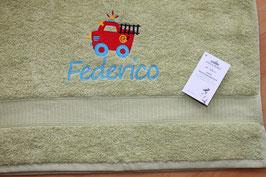 Handtuch mit Namen & Stickbild Feuerwehr
