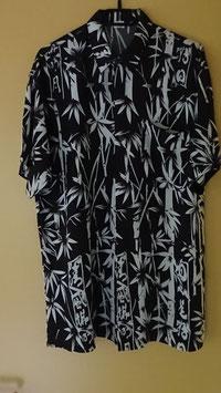 Herrenhemd mit Brusttasche, Grundfarbe schwarz mit weissem Bambusmuster, 100 % Baumwolle (verschiedene Grössen)