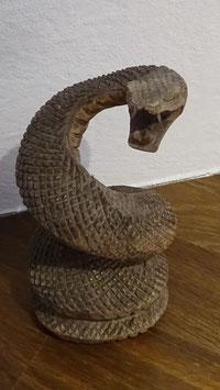 Schlange aus Suar-Holz geschnitzt (2)