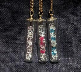 水晶のスティック・ネックレス