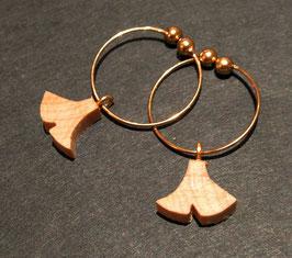 黄金銀杏の耳飾り