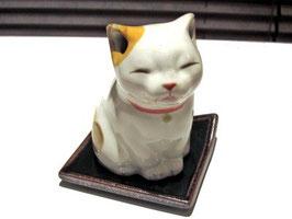 香炉 仔猫
