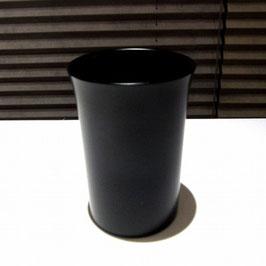 黒の塗立カップ