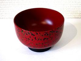 赤い唐塗の大椀