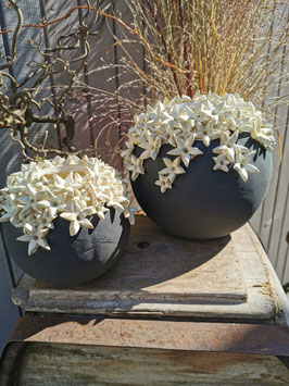 Kugelvase mit Perlmut mit Blüten, 18cm Durchmesser