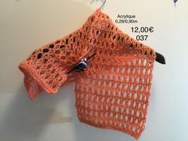 037 Petite écharpe rose (sans la broche)
