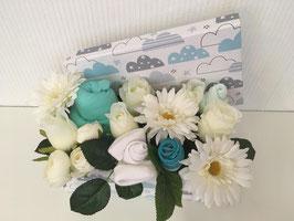 Boîte fleurie nuage (layette verte)
