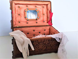 Antique Victorian Sewing Box Carved Wooden Fretwork