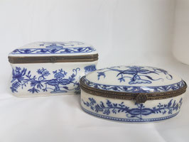 TWO LARGE LARGE Blue and White Porcelain jewelry box