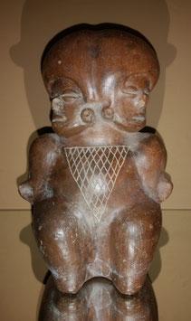 Pre Columbian Terra-cotta figurine - Jama Coaque culture Ecuador, Aztec artifacts Pre Columbian
