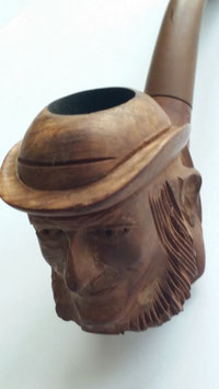 Sculpted Pipe from Bruyere St. Claude pipe