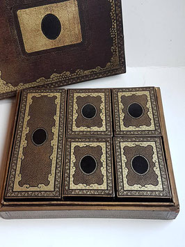 Black Lacquer games box Qing Dynasty 19th century, Armorial Mother of Pearl Counters