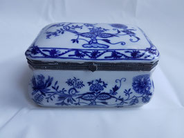 LARGE Blue and White Porcelain jewelry box