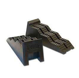 Thule Stufenkeile bis 5t/Achse, 2 Stück im Set mit Aufbewahrungsbeutel